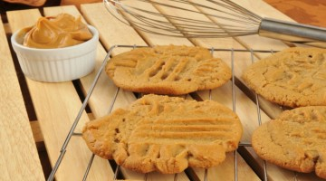 Quick and Easy Peanut Butter Cookies (Gluten-Free)
